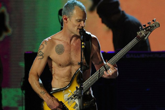 Flea, Red Hot Chilli Pepper (loudwire.com)